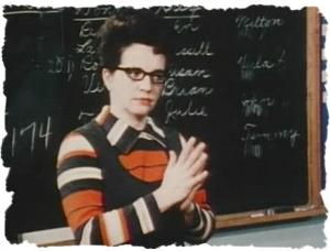 maestra jane elliot en clase 1968 experimento psicosocial sobre la intolerancia